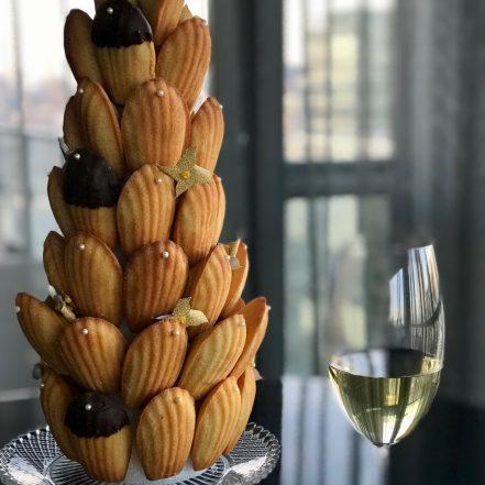 madeleine, madeleines, madeleine pur beurre, pure butter madeleine, croquembouche, patisserie, pastry, dessert, idée dessert, dessert idea, la petite bretonne, tea cake, tea cakes