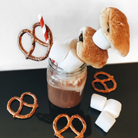 chocolat chaud, Mini Choco®, chocolatine, chocolate buns, dessert, beverage, hot cocoa, hot chocolate, petite bretonne